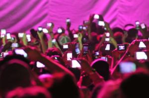 Phones-at-concert